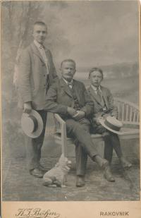 Dagmařin otec Karel Evald s otcem Martinem a starším bratrem Jaroslavem
