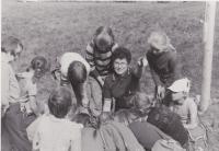 Helena Illnerová se Sluníčky v září 1979