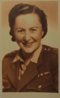 Paní Cohen (Dr. Alžběta Hermannová) v roce 1942