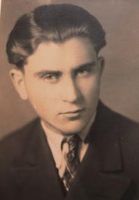 Rostislav Novotný v sedmnácti letech