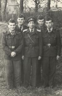 Kurt Markovič with friends