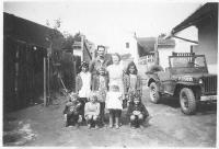 Konec války ve Všepadlech - čtyři sestry Němečkovy, neznámé děti a americký voják