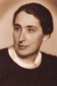 Maminka Božena Weinbergerová, 1939