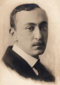 Otec Richard Weinberger, 1915