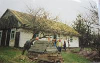 Rodný dům Olgy Čvančarové v Černém Lese na Volyni v devadesátých letech