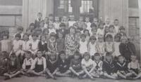 První třída čs. školy obecné v Šumperku