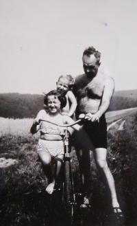 Manžel Vladimír s dětmi