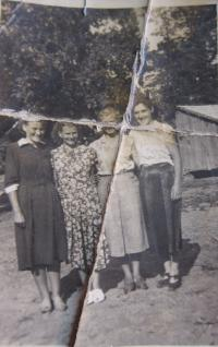 The second from the left-hand side is Anna Lašová in the collective farm in Martin pri Senici