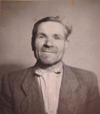 Otec Josef Ligde