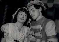 Z představení Benátská maškaráda (1939)