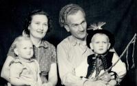 S dětmi a manželem