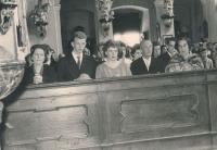 Svatba rodičů pamětníka, 22.4. 1961 ve Vejprnicích