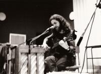 Jaroslav Hutka koncertuje ve Švédsku, 1979