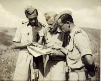 Instruktoři se radí (vlevo Josef Hercz)