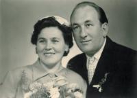 Nevěsta a ženich - svatba s Musilem