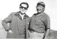 M. Stingl s indiánem z kmene Navahů