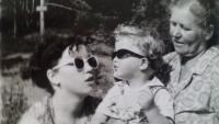 S manželkou a dcerou