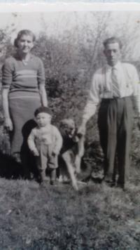 Otec, matka a syn