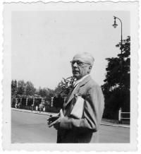 Otec, prof. Rudolf Holý, Praha 1942