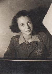 Dita Polachová, 1942