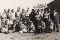 V kibucu Givat Chajim, 1957