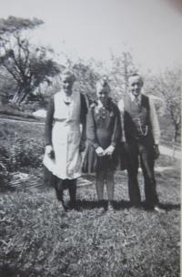 Elisabet s rodiči v Hřibové