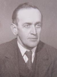 Otec Josef Pelcl