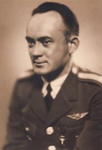 Strýc František Novák, 1935