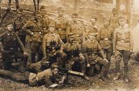 Otec Josef Piskáček jde s rakousko-uherskou armádou na frontu, 1917