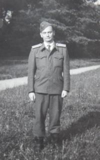 G.Szász na vojně r.1956