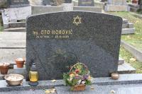 Náhrobek Oty Horoviče na židovském hřbitově v Praze - Strašnicích