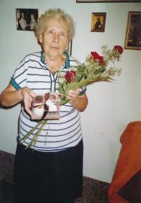 manželka, 80 let