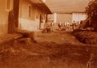 Hospodářský dvůr, ze kterého pocházel Vlastin otec; Úboč, po 1. světové válce