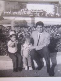 Silvio with children