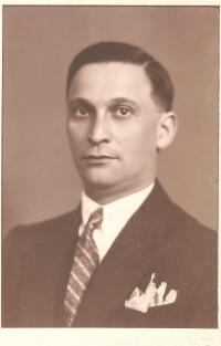 Josef Dub, otec Oskara Duba, 30.léta