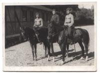 Chejstovský vpravo jako člen Vládního vojska v Itálii, 1944
