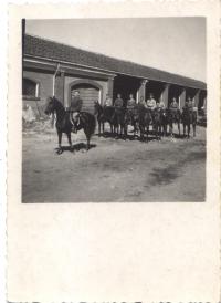 Dragouni Vládního vojska v Itálii, 1944