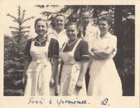 Františka Jeřábková (on the left) with kitchen workmates and Hana Benešová´s personal maid Vilma Kulhánková (upper row on the left ), 1948. With personal dedication from Hana Benešová