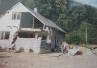 Dům Heleny Kociánové po povodních v roce 1997