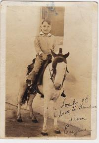Gene Deitch - dětský portrét, rok 1930