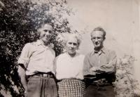 Vpravo Josef Freml