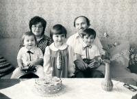 Josef Bartošek with his wife and children (1983)