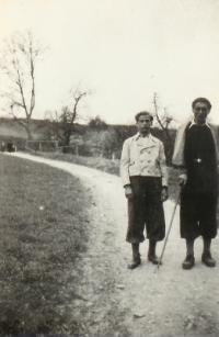 Jaroslav Svoboda s kamarádem Josefem Růžičkou před válkou