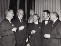 1965 Eddinburgh, R. Doleček druhý zprava