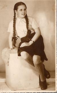 Miloše Sedláčková v roce 1944