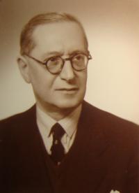 Father of Jiří Pavel Kafka