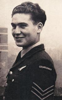 Jiří Kafka as a RAF pilot