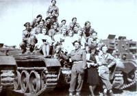 31. května 1945 v Praze- Adolf Kaleta druhý zleva nahoře