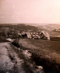 Cesta z Glasbergu (dnes Sklená/Kraslice) - severní okraj Rotavy; 1959