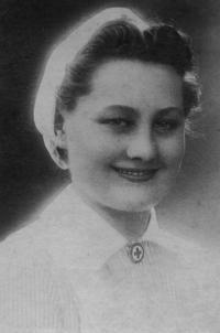 Sister Anna Žebráková in 1944 as a nurse of the Czechoslovak Red Cross